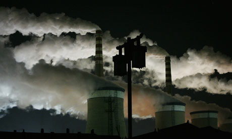 A-coal-fired-power-plant--001